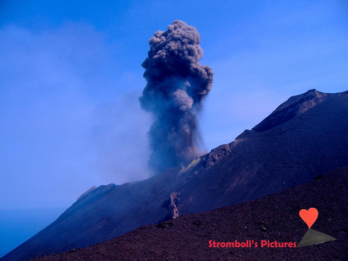 Esplosione-dello-Stromboli-