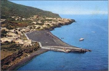 il molo e la spiaggia di Ficogrande