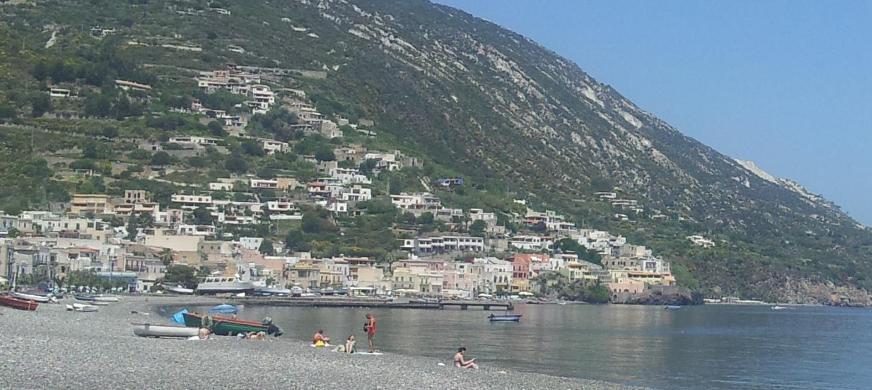 """Pongolini : si smetta concretamente di considerare il mare la via più """"comoda"""" per smaltire"""
