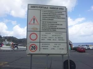 cartello porto
