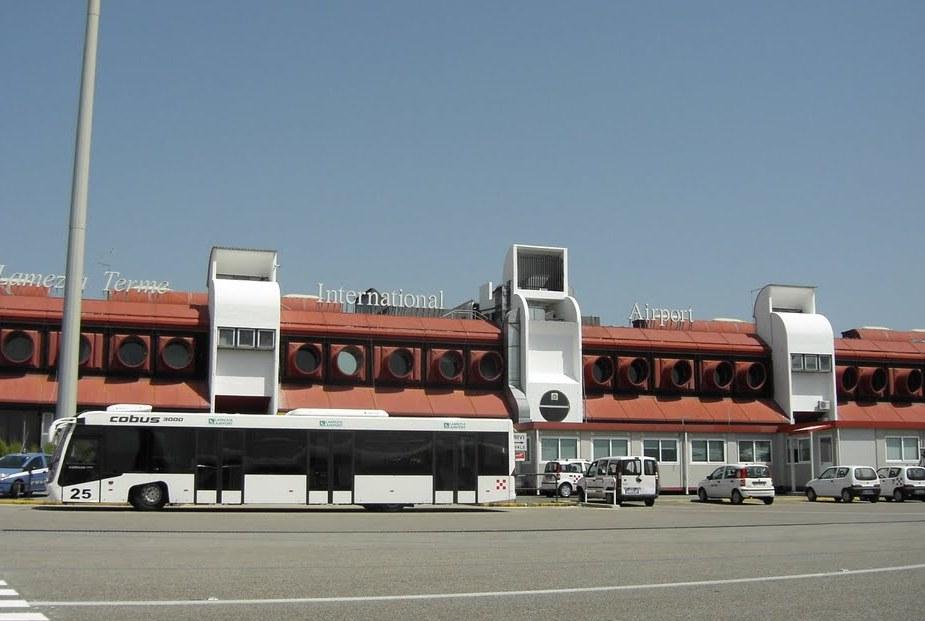 l'aeroporto di Lamezia