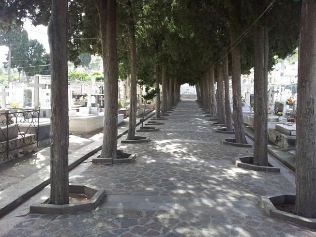 Cimitero di Lipari ancora senz'acqua, la nota di Giacomantonio