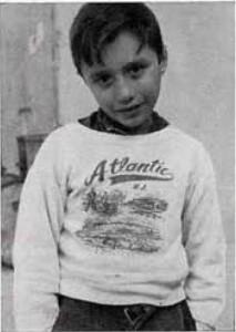 Giorgio Silvestri, nove anni, suonatore di contrabbasso