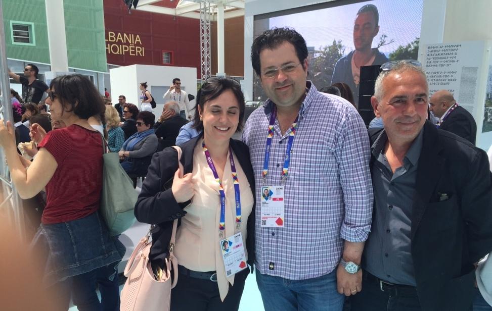 Simona Clivia Zucchetti con l'assessore Starvaggi e con il nostro Daniele Corrieri