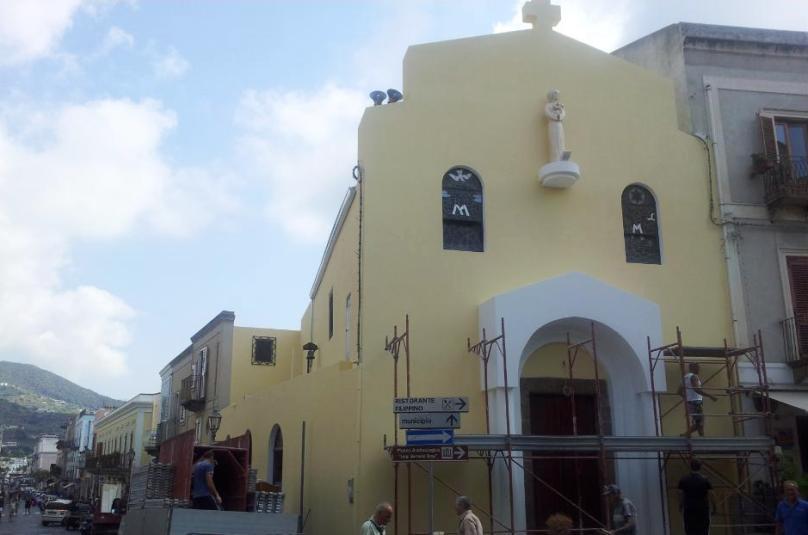 chiesa pozzo