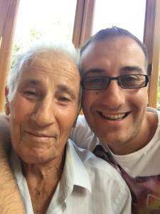 Nonno Tanino con nipote Peppe , pilastro della Ustica Lines di Lipari