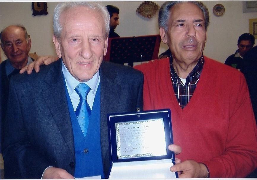 Giuseppe Gisabella con il co-fondatore del circolo pensionati Vittorio Lumia