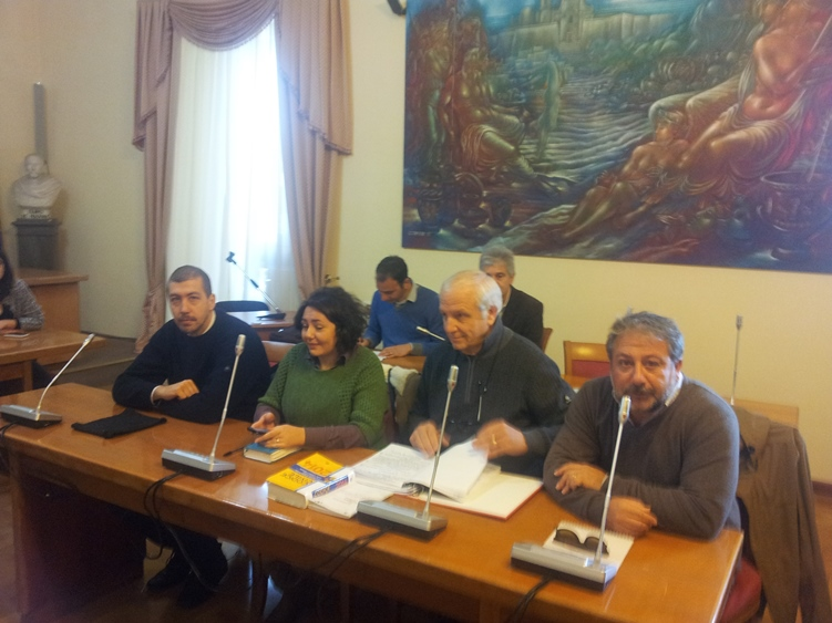l'opposizione consiliare con Megna, Lo Cascio e Finocchiaro