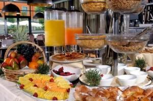 sala-colazione-best-western-falck-village-hotel-Small-700x466