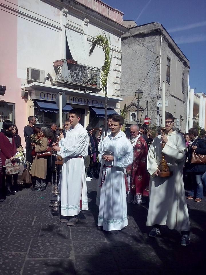 processione al Pozzo