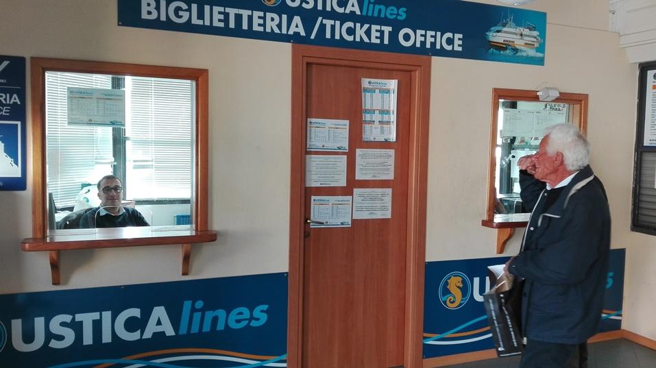 Biglietti per tutti gli aliscafi alla Ustica Lines