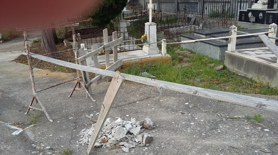 buca cimitero