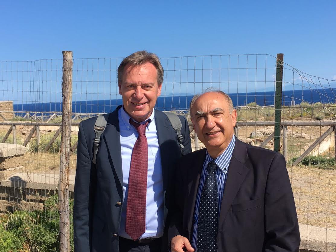 il sindaco di Cefalonia con Nino Scirè presidente onorario Anspi