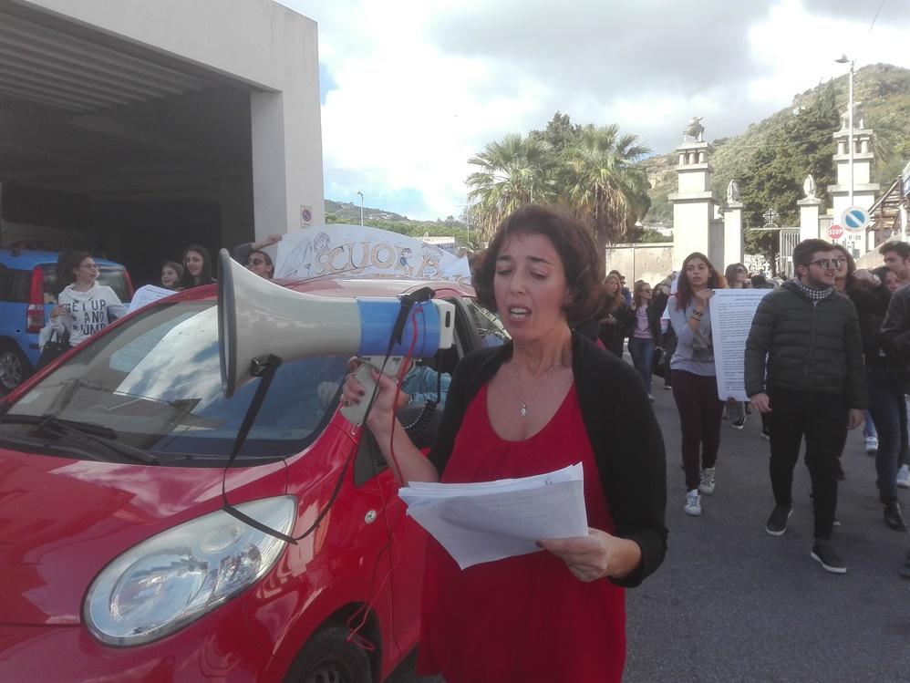 la consigliera Tiziana De Luca tra i promotori della manifestazione