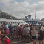 vulcano porto turisti