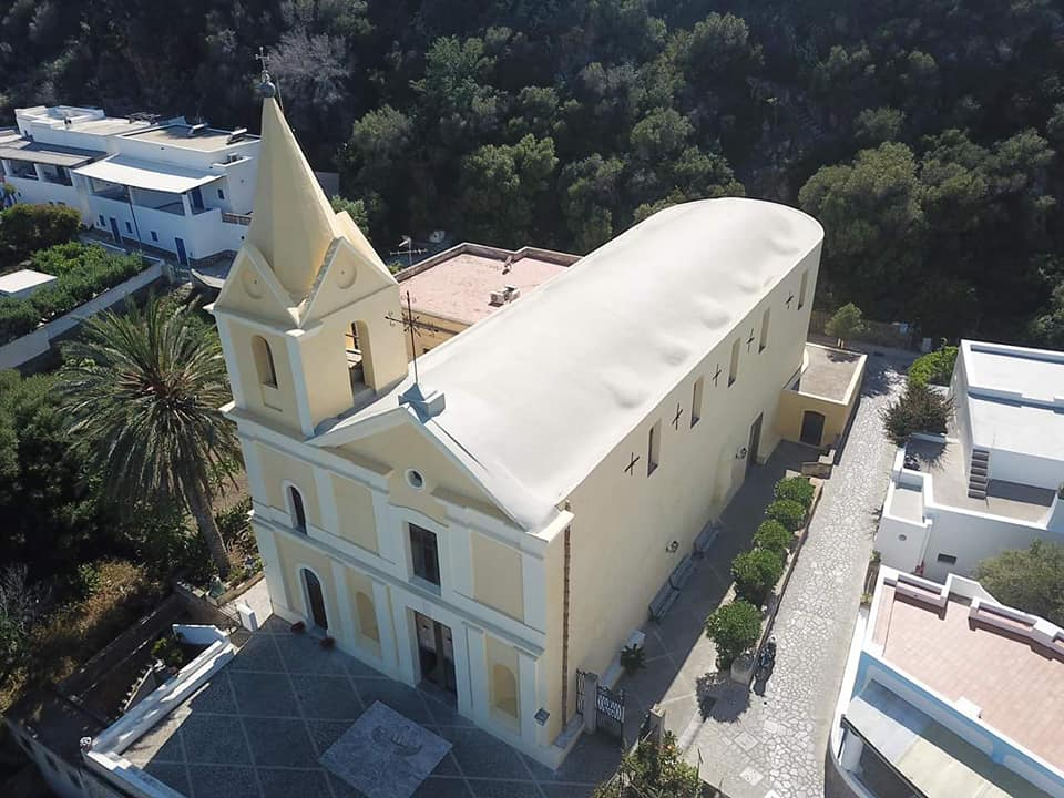 chiesa panarea