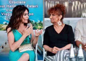 Maria Grazia Cucinotta con Anna Mazzamauro