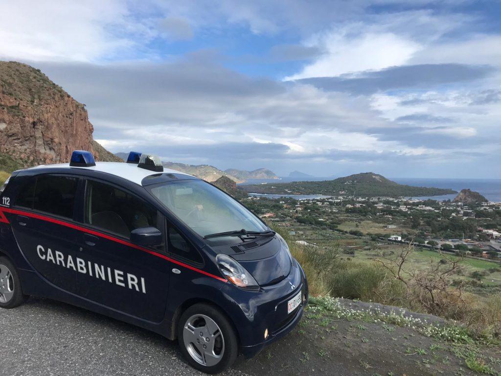 Milazzo – Eolie : sette denunciati, sanzioni per violazioni normativa anti Covid, cinque assuntori di stupefacenti segnalati