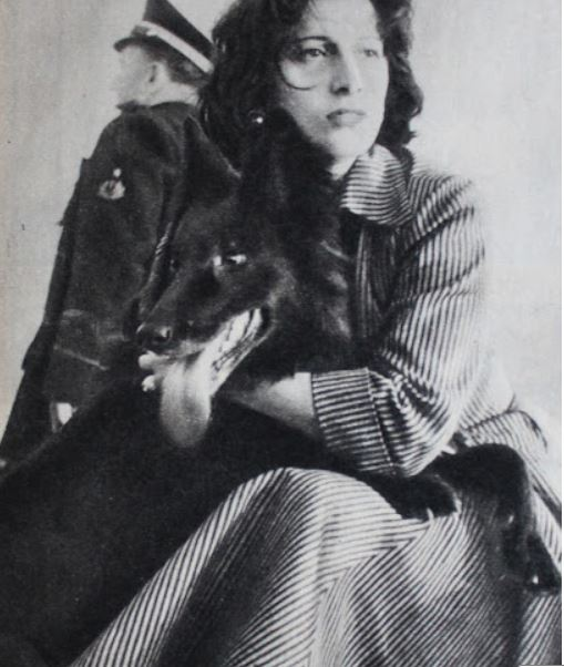 """Anna Magnani a Milazzo con il cane """"Micia"""""""