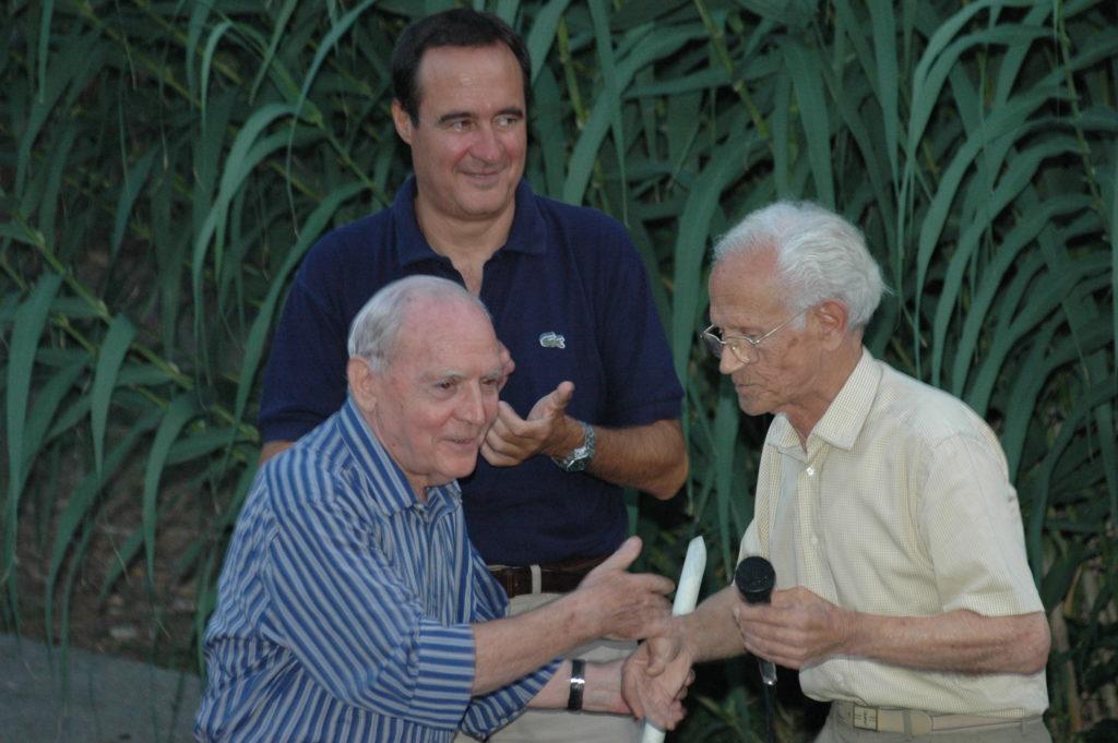 Vincenzo Consolo con il prof. Giuseppe Iacolino