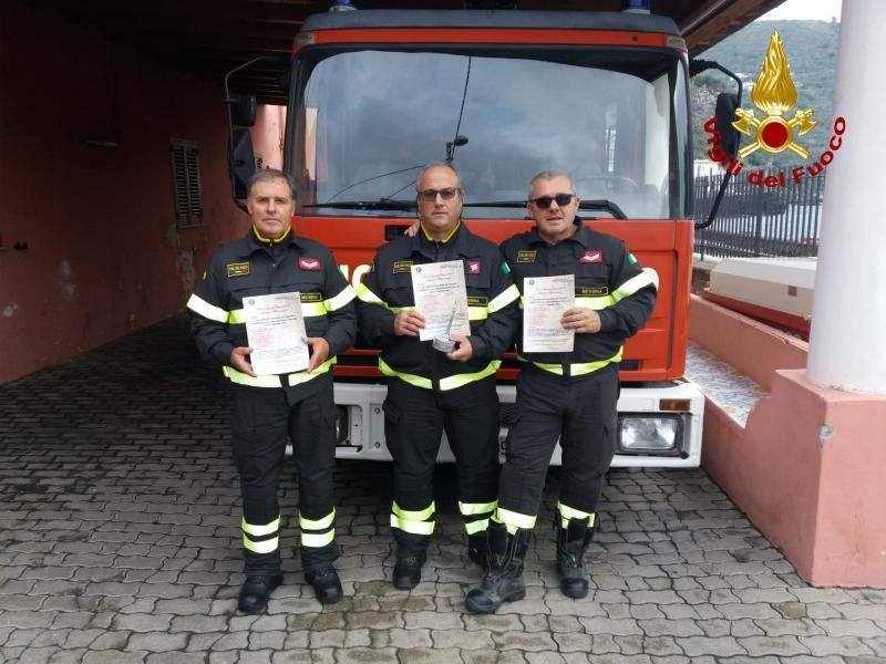 Tre dei componenti la squadra intervenuta a Stromboli