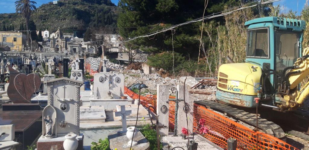 Lipari : affidati lavori ampliamento cimitero Quattropani