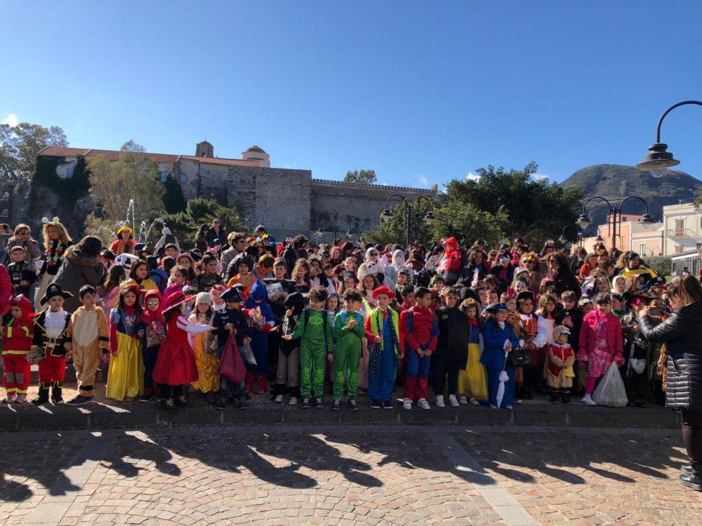 In piazza Mazzini un bel Carnevale dei bambini