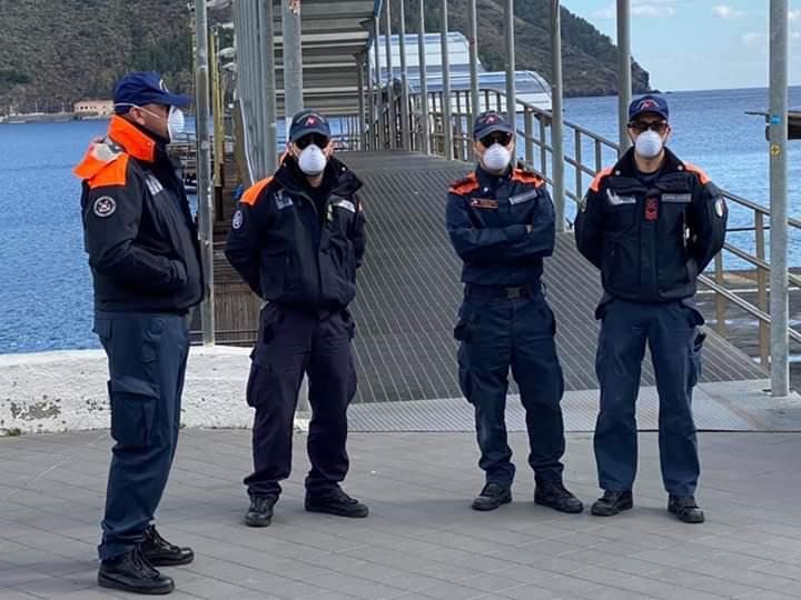 Attività informativa Guardia costiera al porto, oltre 7000 i rientri in Sicilia 2