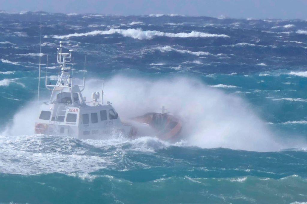 Milazzo, disperso in mare sottufficiale della Guardia costiera