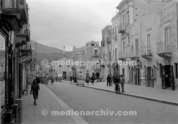 L'album dei ricordi: Lipari, il corso (1950) 2