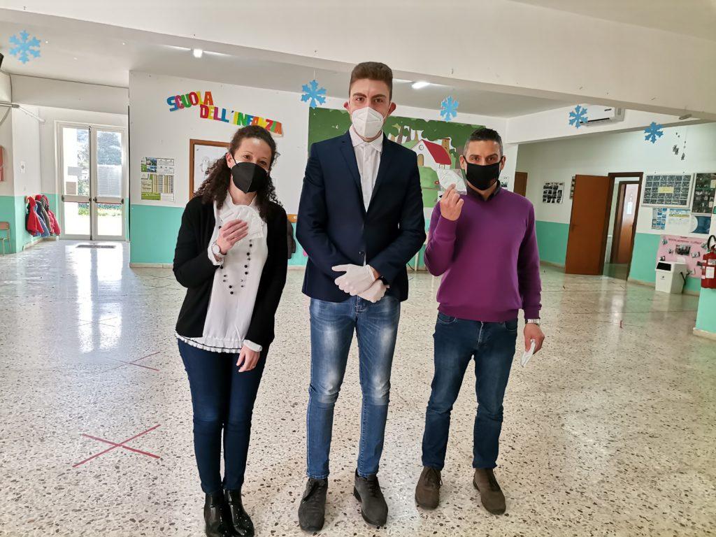 Giovani Eoliani : mascherine alle medie dell'isola