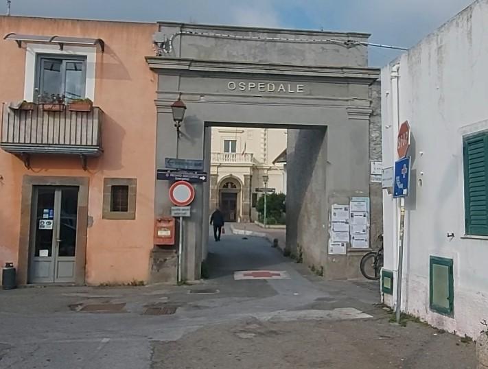 Un agitatore - incubatore piastrinico per l'ospedale di Lipari