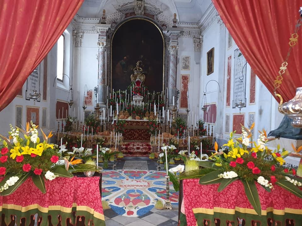 Lipari, arte e fede nella Basilica Cattedrale : l'altare della reposizione