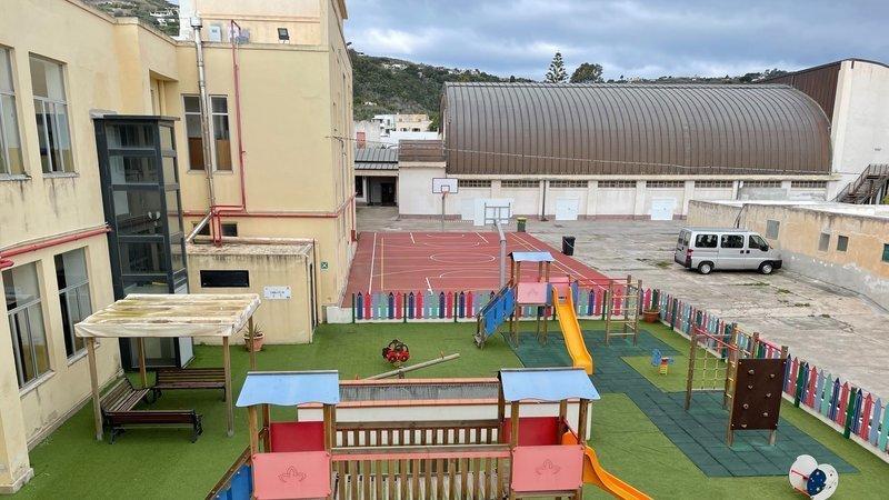 Parco giochi elementari : chiusi con ordinanza gli accessi dalle 19,30 alle 7,30