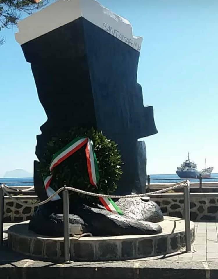 Lipari e Salina, commemorate le vittime del Santamarina