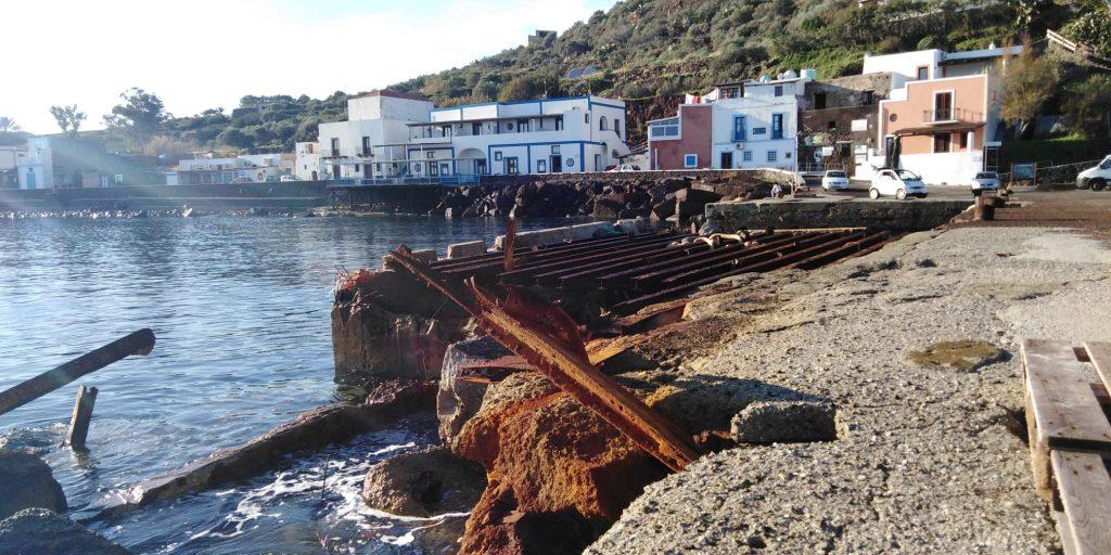 Filicudi, a settembre i lavori nei porti